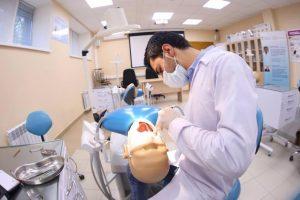 Обучение на лекари по дентална медицина за придобиване на специалност